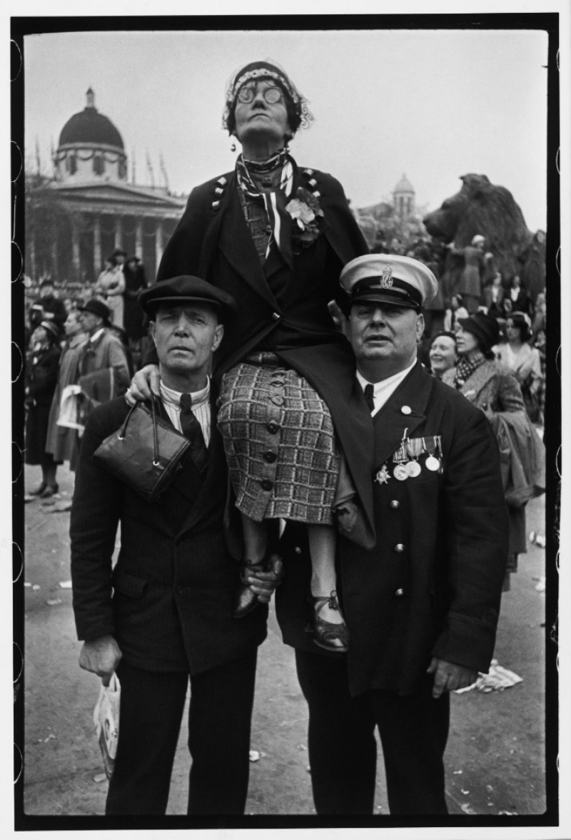 Coronation of King George VI and Queen Elizabeth, Henri Cartier-Bresson